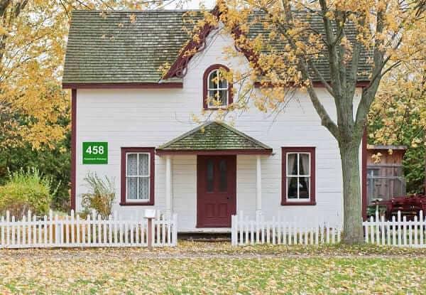 Hausnummer-Schilder