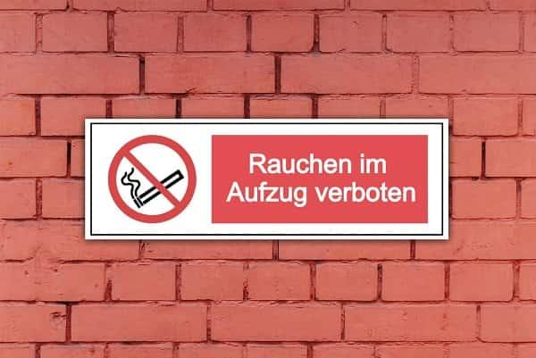 Rauchverbots-Schilder