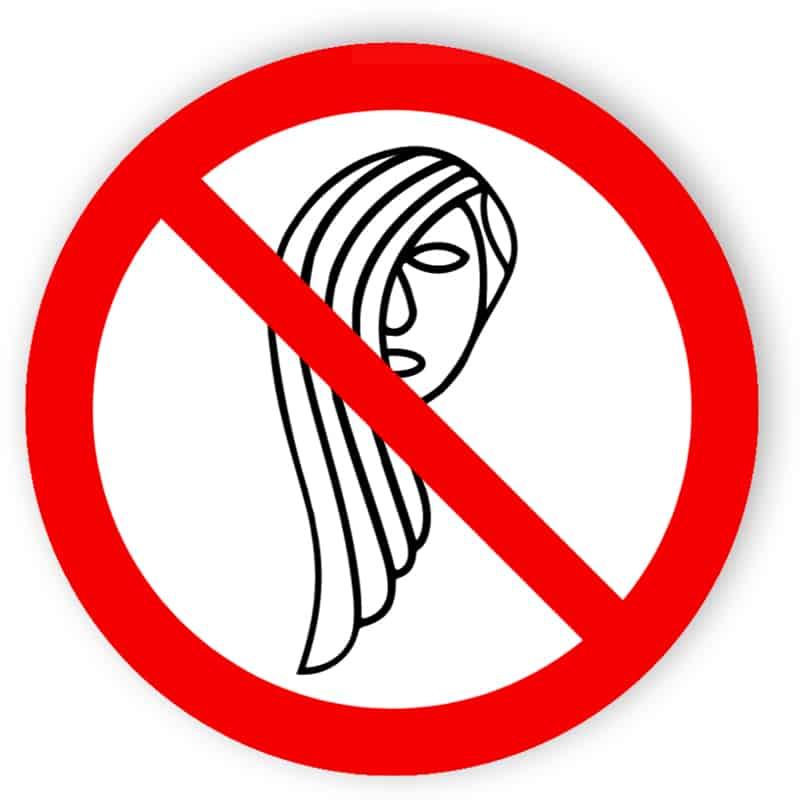 Bedienung mit langen Haaren verboten