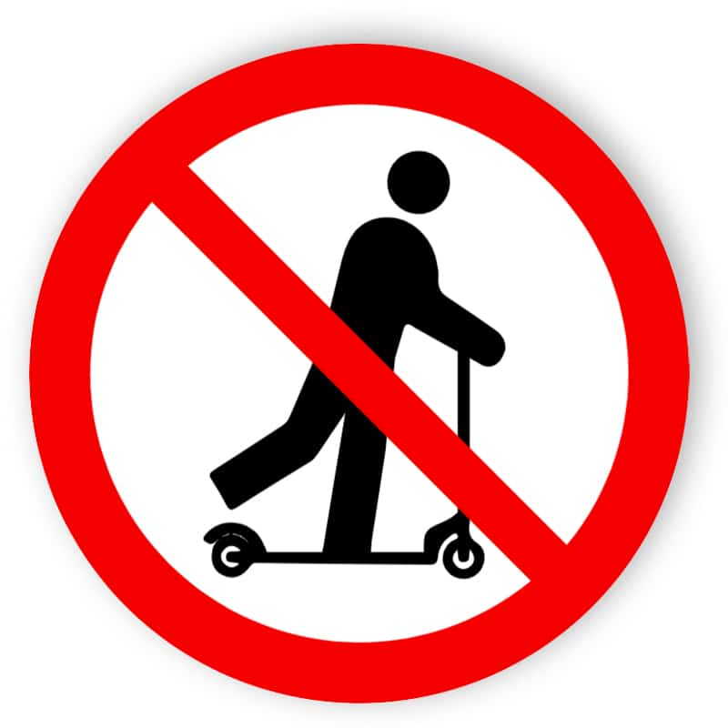 Rollerfahren verboten