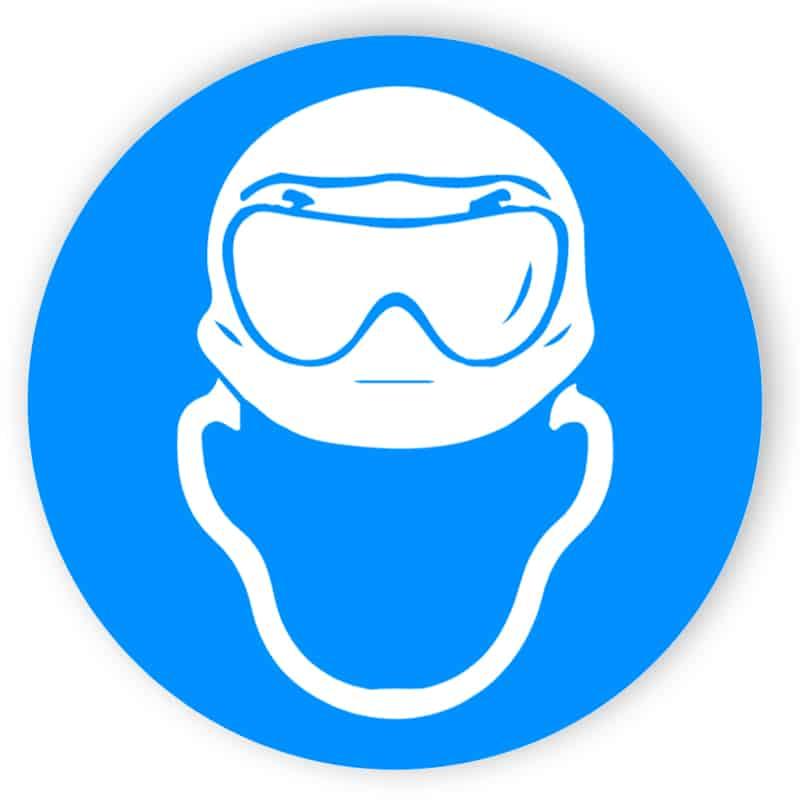 Kopfschutz und Säureschutz-Vollsichtbrille benutzen 1