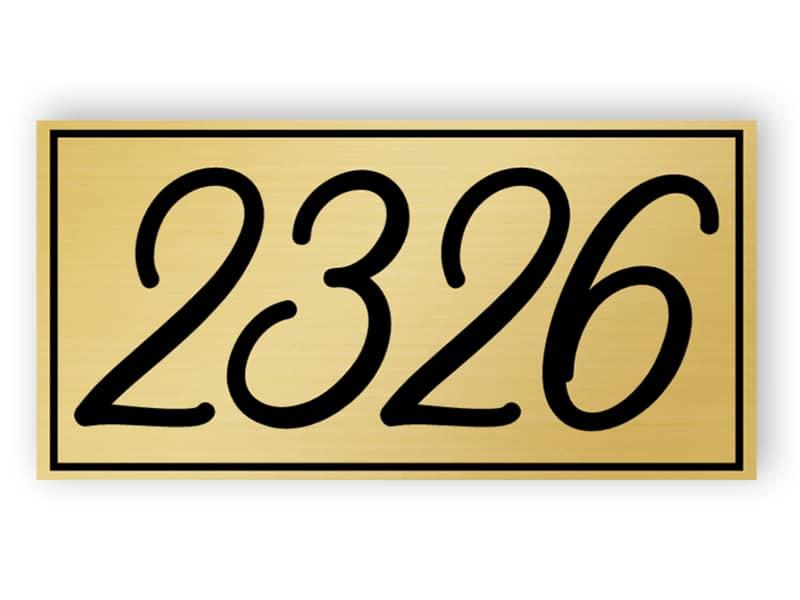 Goldenes Hausnummernschild