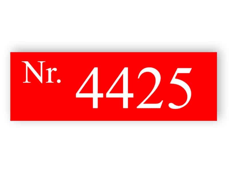 Rotes Hausnummernschild