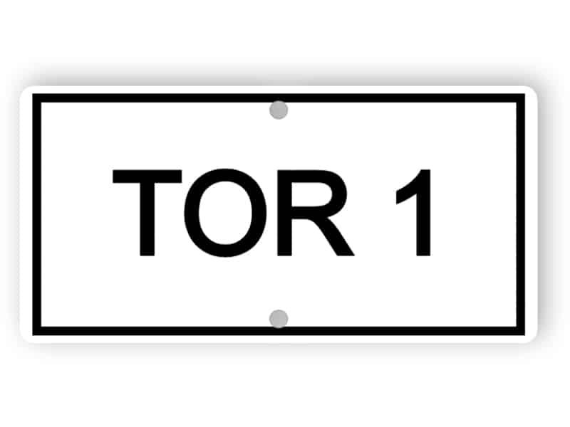 Tor 1 Schild